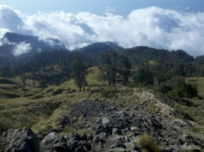 Mount Rinjani - first day scenery 8