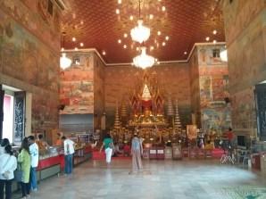 Nong Khai - Wat Phochai inside