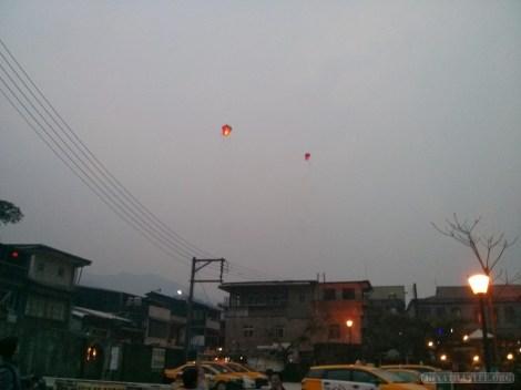 Pingxi - Shifen sky lanterns over town 2