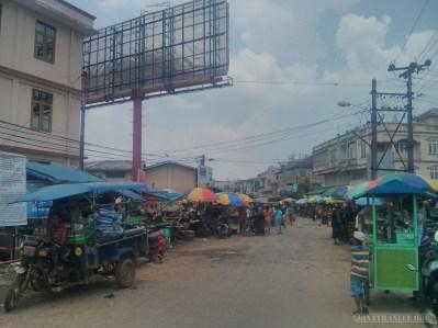 Pyin U Lwin - market 1
