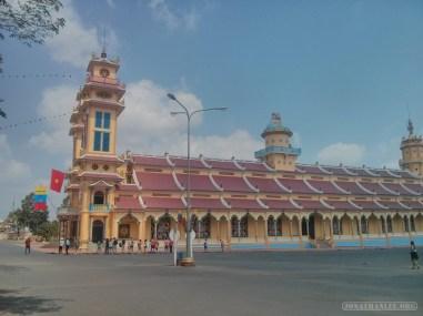 Saigon - Cao Dai temple 1