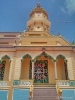 Saigon - Cao Dai temple 3