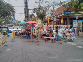 Songkran in Bangkok - water guns for sale 6
