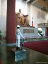 Sun Yat-Sen memorial - guard 1