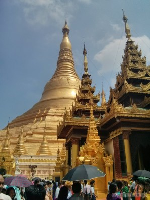 Yangon - Shwedagon pagoda 1