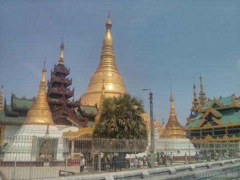Yangon - Shwedagon pagoda 34