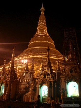 Yangon - Shwedagon pagoda at night 12