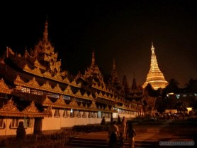 Yangon - Shwedagon pagoda at night 2
