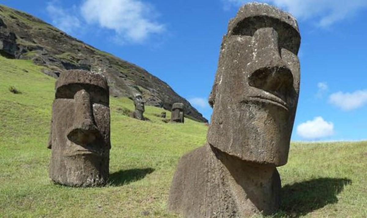 Easter-Island-1070911 A