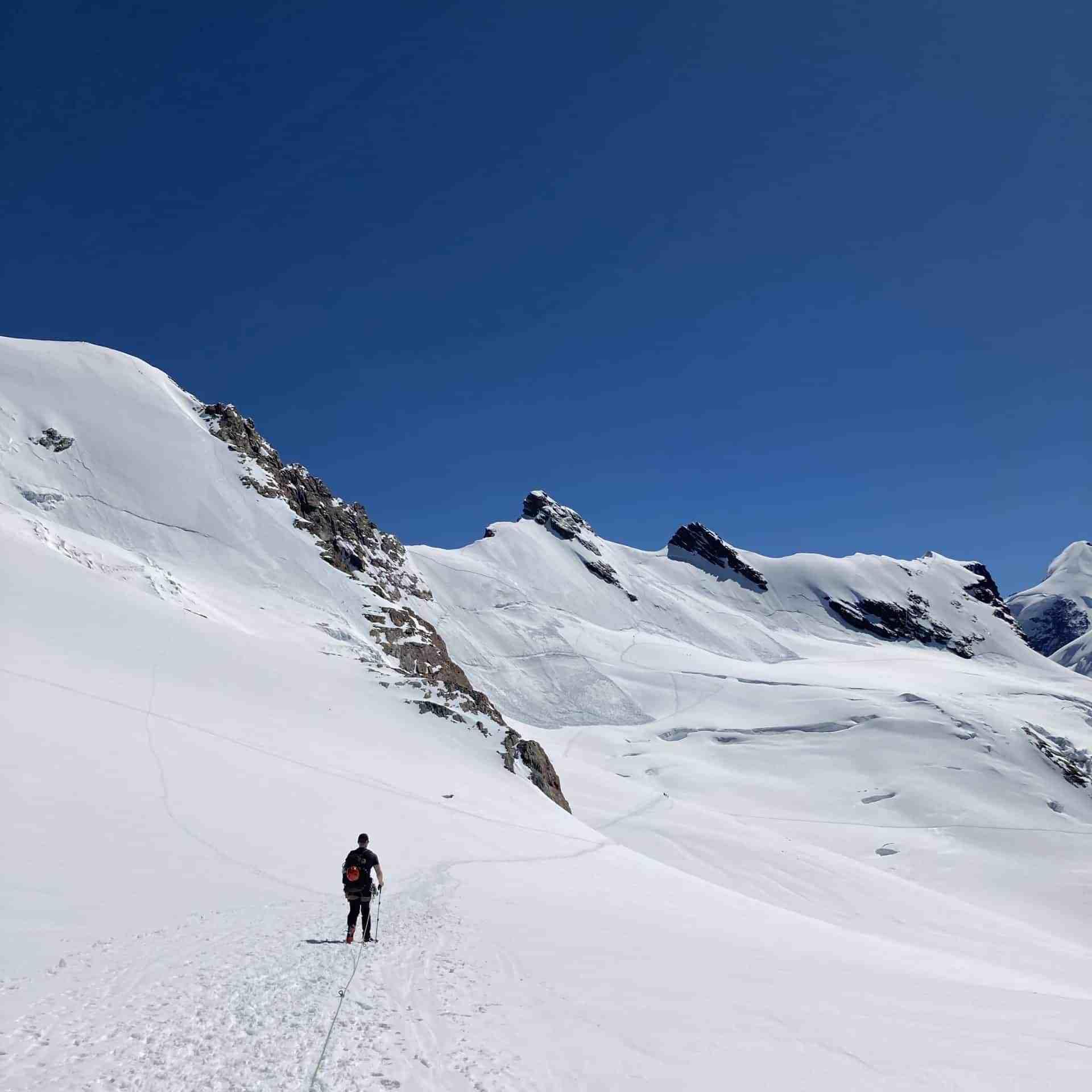 IMG 2951 scaled - Bergsteigen im Wallis - das Bergsteigerparadies?