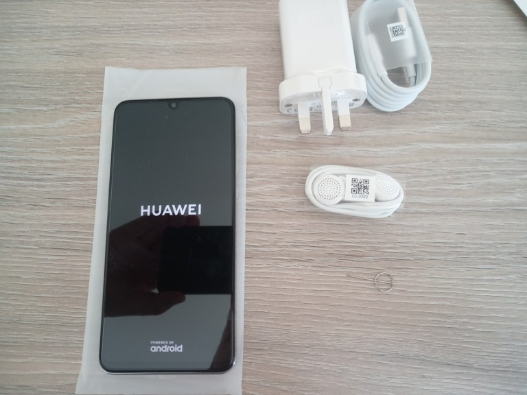 Read more about the article Huawei P30 lite