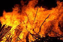 220px-Large_bonfire