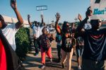 Middle_of_the_crowd_in_Ferguson