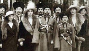 090416_RomanovsCossacks1916cropped