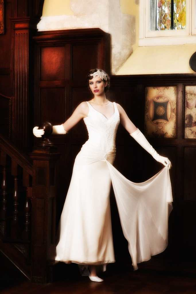 Great Gatsby Bride on the stairs