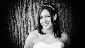 A natural portrait of a beautiful bride