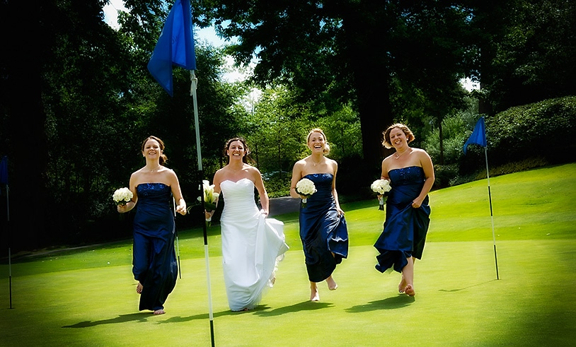 Wedding girls on a th 18th hole