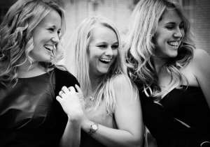 3 girls laughing