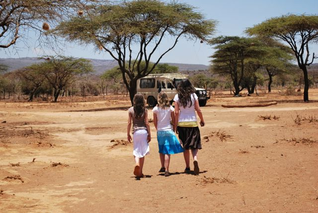 3-girls-out-of-africa