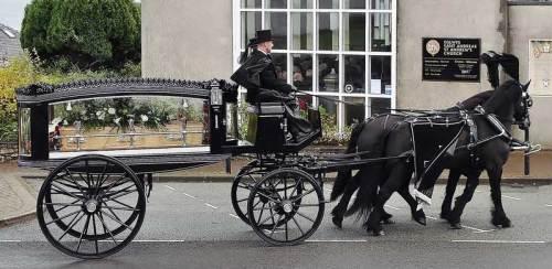 horse-drawn-hearse