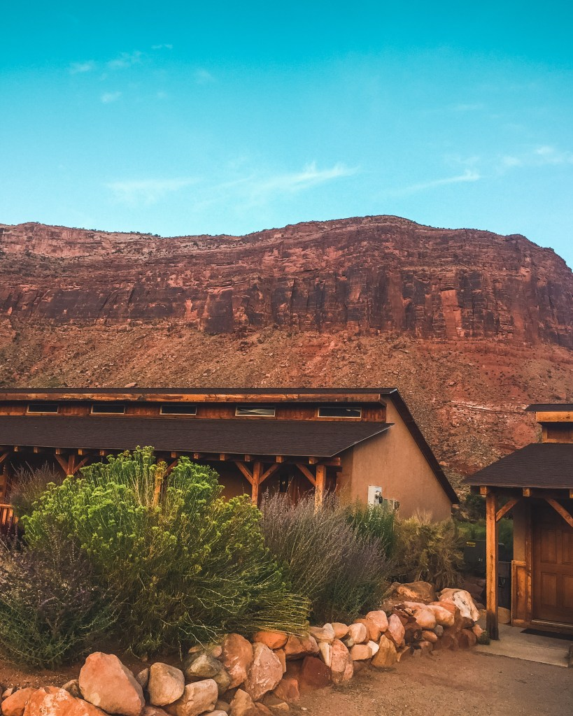 review of red cliffs lodge resort view