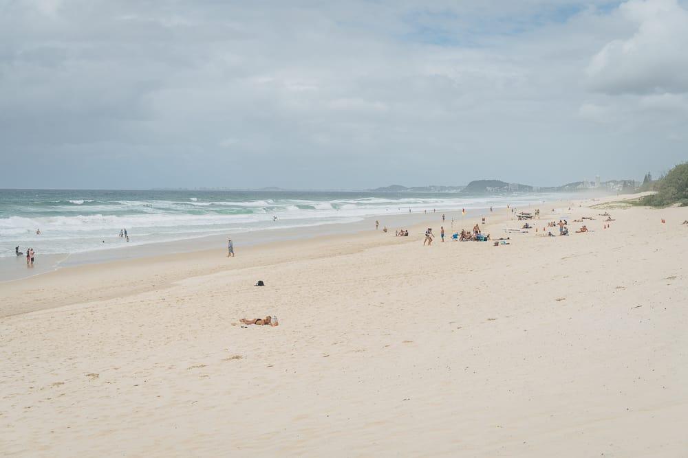 kurrawa beach  11