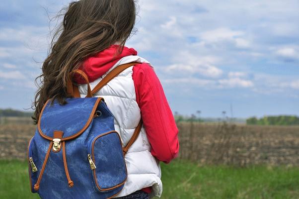 Les autorisations de sortie du territoire sont à nouveau obligatoire pour les mineurs non accompagnés