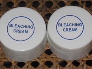 2 Bleaching whitening kligmans cream new