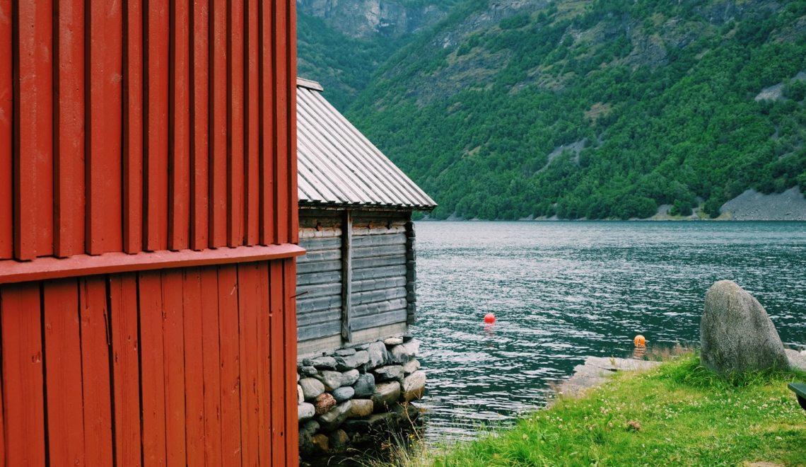 Road trip en Norvège : Le Nærøyfjord, Flåm & Aurland – Étape 04
