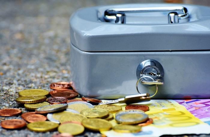 30歳平均貯蓄は330万?!将来を考えた人生設計を考察