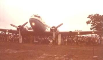 Na primeira estrutura construída, em 1981, o avião ficava à apenas 1,5m do chão.