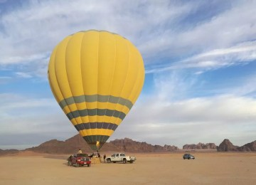 wadi Rum - Hot Air Ballon - Jordan Day Tour and More (2)