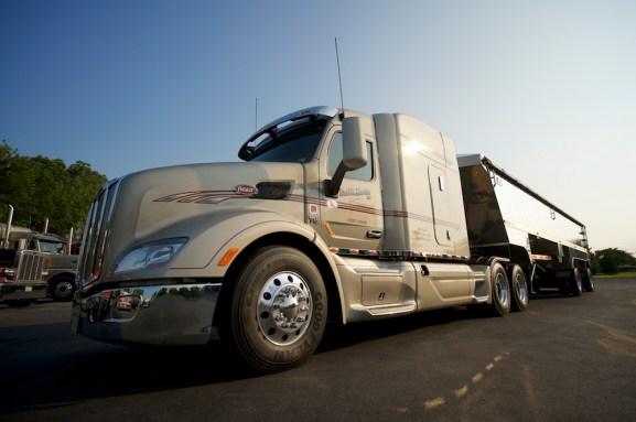 Commercial Photographer Lancaster PA Trucking Transportation Jordan Bush Photography_163