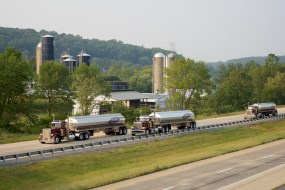 Commercial Photographer Lancaster PA Trucking Transportation Jordan Bush Photography_164