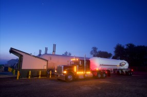 Commercial Photographer Lancaster PA Trucking Transportation Jordan Bush Photography_167