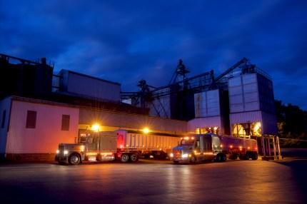 Commercial Transportation Photography Trucking Mill Peterbilt