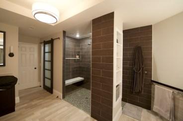 Commercial Interior Bathroom Pool Room Photographer Jordan Bush Photography_Gingrich5