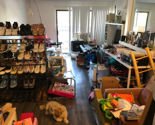 Unorganized Living room of one bedroom apartment, Messy Living Room