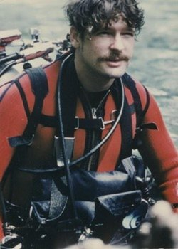 Photo of Sheck Exley in SCUBA gear