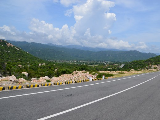 road-to-vinh-hy-view-1432