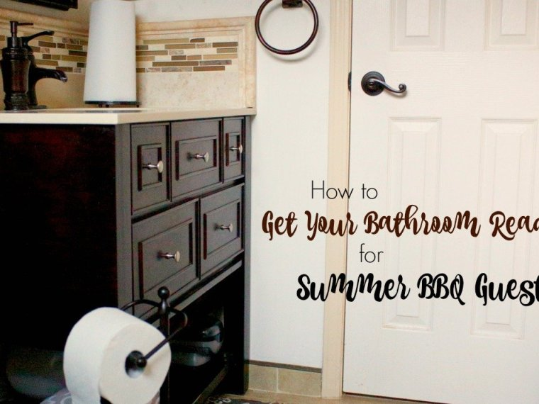 Make sure your bathroom is ready for barbecue guests this summer with these simple tips. #NeverRunOut #ad @Cottonelle