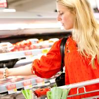 Nye officielle kostråd skal få os til at lette madens klimaaftryk