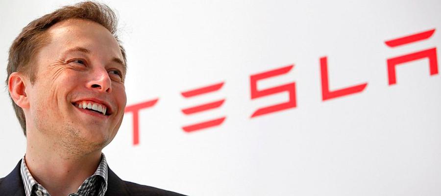 Conoce la historia de Elon Musk, un emprendedor arriesgado