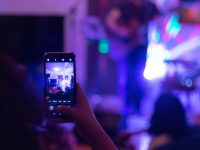 how to prepare yourself for a live singing performance