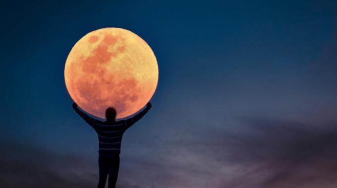 La Super Luna Y Tus Opciones