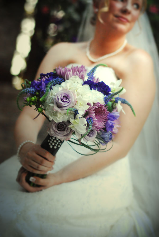 Classic and fresh purple and white bridal bouquet| Jessica Ormond Events | Shot by Kelsey Photography