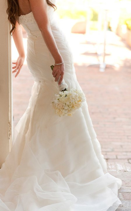 Romantic white bridal bouquet | Jessica Ormond Events | Coral Lee Carlson Photography. Lubbock Texas boutique wedding florist.