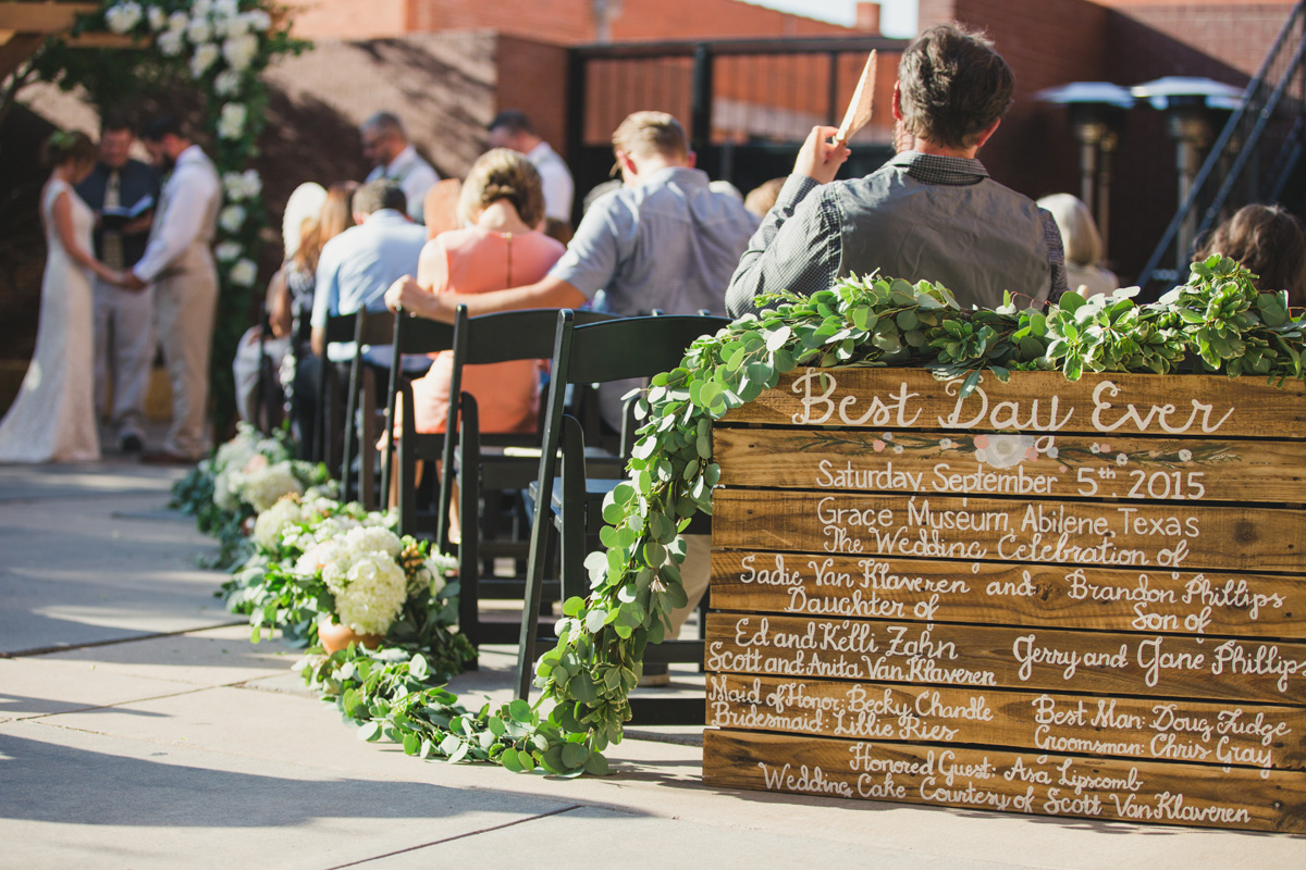 elegant and vibrant backyard wedding in lubbock texas