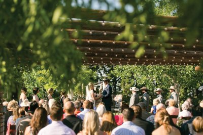 Rustic chic wedding ceremony at Cotton Creek Barn. Lubbock wedding planner, Jessica Ormond Events. Photo by Allee J Photography.