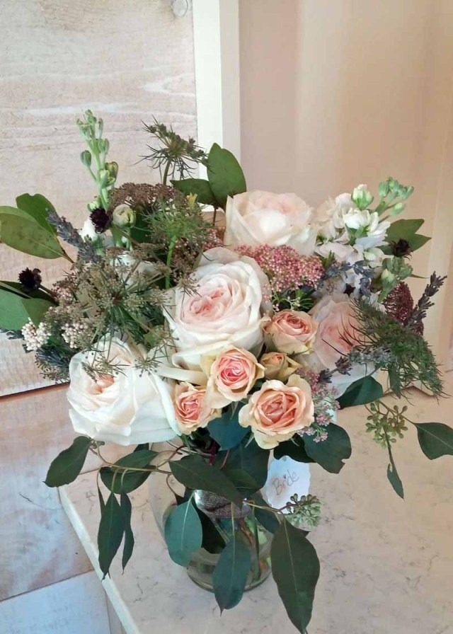 Bridal bouquet of garden roses and chocolate Queen Anne's Lace designed by Texas wedding florist Jessica Ormond Events.